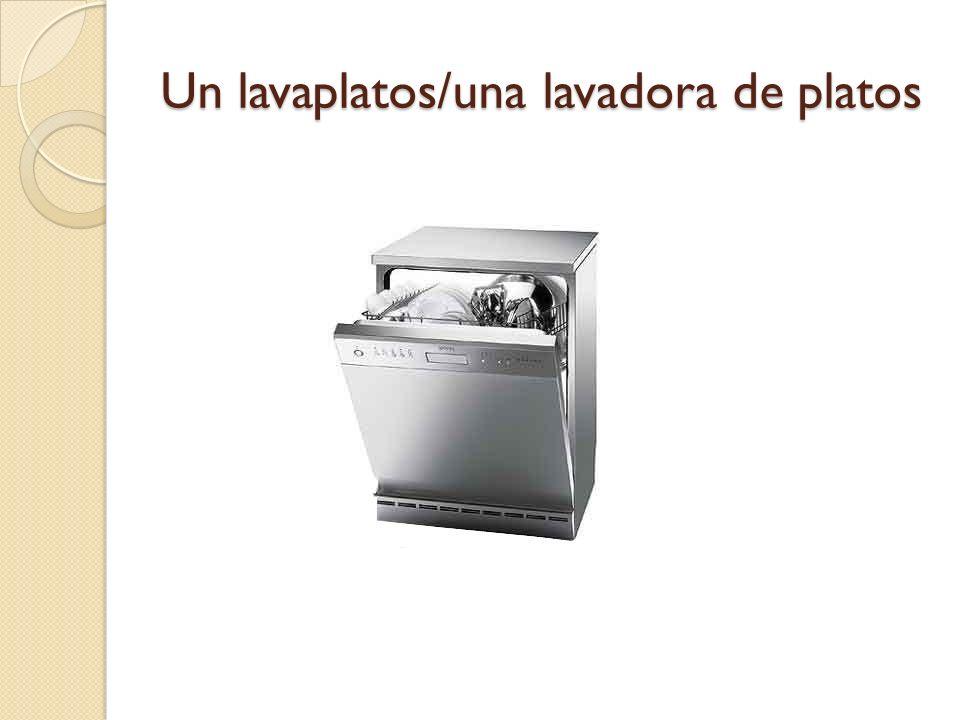 Un lavaplatos/una lavadora de platos