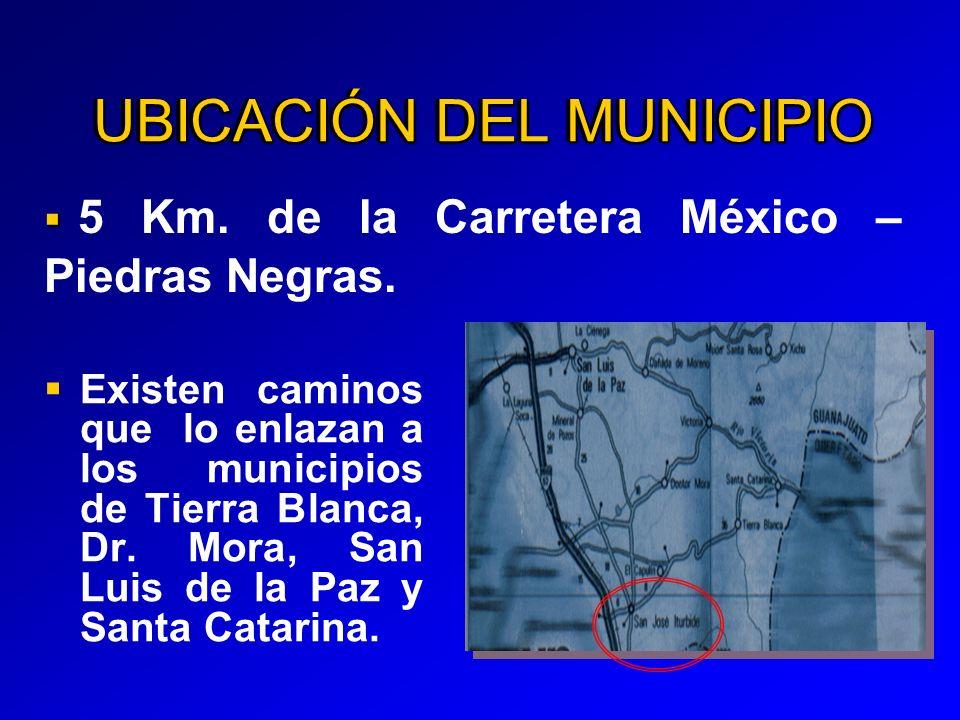 UBICACIÓN DEL MUNICIPIO Existen caminos que lo enlazan a los municipios de Tierra Blanca, Dr.