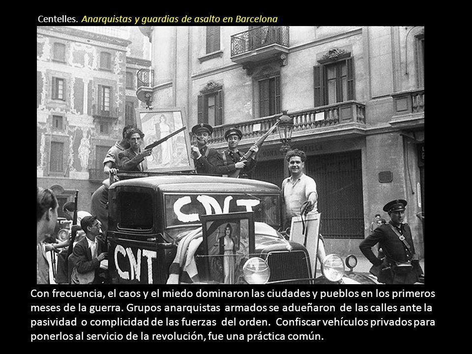 La vida en la retaguardia durante los primeros días de la guerra R. Capa. Miliciana con fusil y revista en las Ramblas G. Taro. Automóviles confiscado