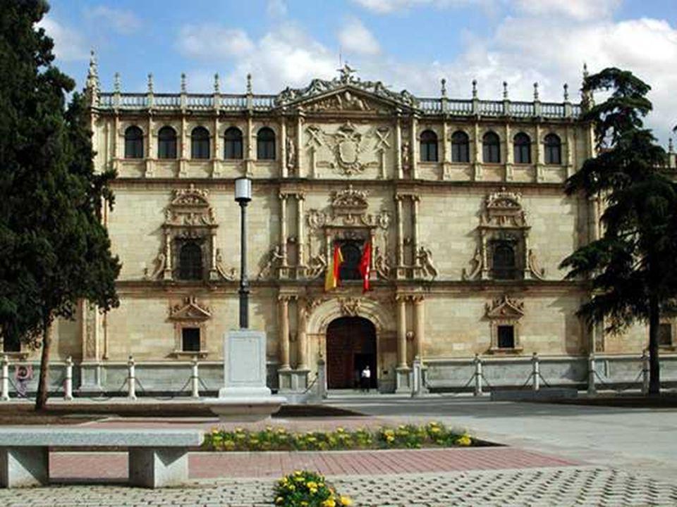 El nombre del El Escorial se debe a unos antiguos depósitos de escoria procedentes de una ferrería de la zona de donde tomó su topónimo la aldea ubicada en las proximidades del lugar donde se construyó este monasterio-palacio.
