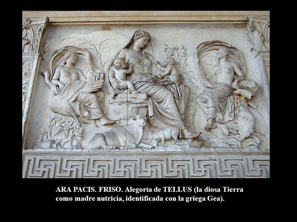 ARA PACIS. FRISO. Alegoría de TELLUS (la diosa Tierra como madre nutricia, identificada con la griega Gea).