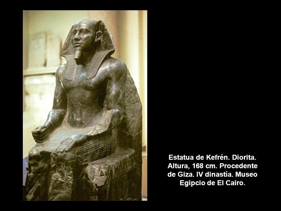 Estatua de Kefrén. Diorita. Altura, 168 cm. Procedente de Giza. IV dinastía. Museo Egipcio de El Cairo.