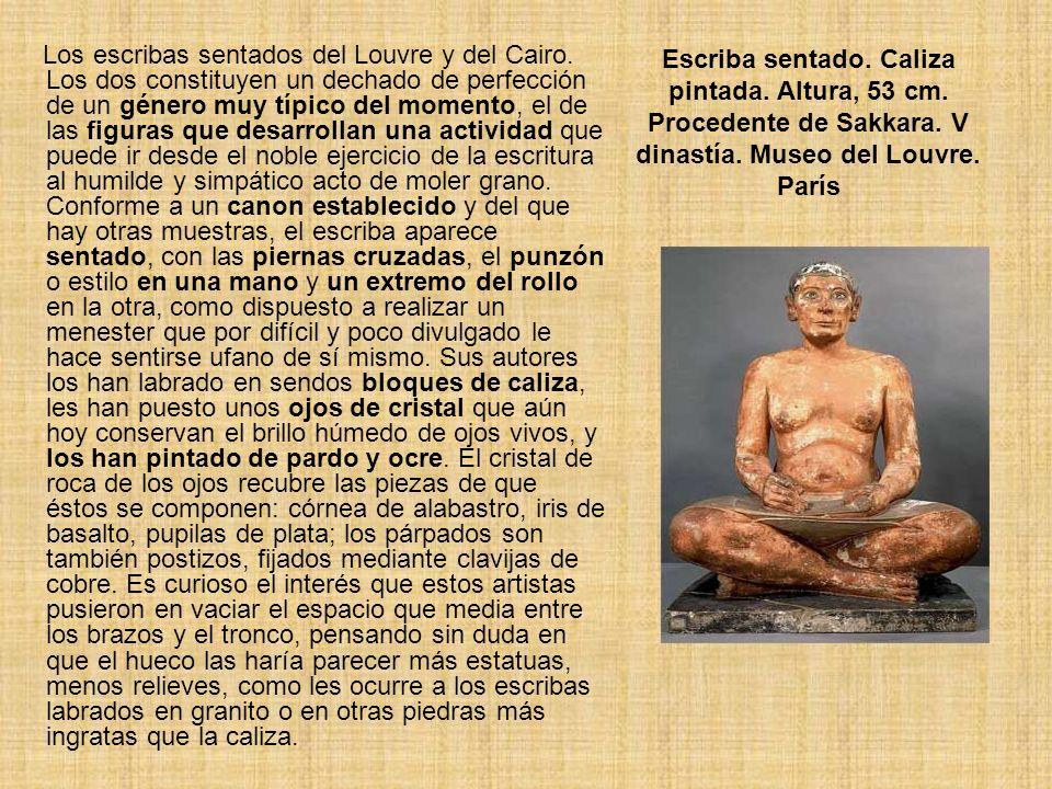 Escriba sentado. Caliza pintada. Altura, 53 cm. Procedente de Sakkara. V dinastía. Museo del Louvre. París Los escribas sentados del Louvre y del Cair