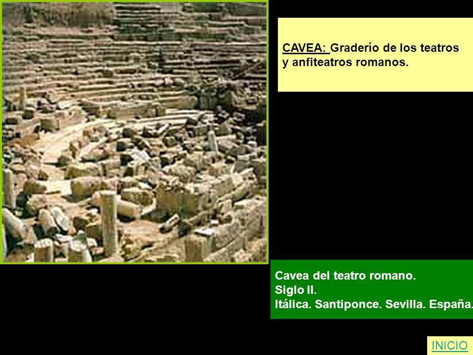 INICIO CAVEA: Graderío de los teatros y anfiteatros romanos. Cavea del teatro romano. Siglo II. Itálica. Santiponce. Sevilla. España.