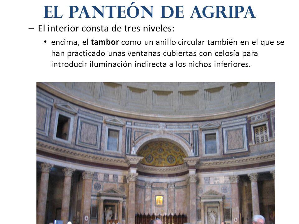 – El interior consta de tres niveles: encima, el tambor como un anillo circular también en el que se han practicado unas ventanas cubiertas con celosí