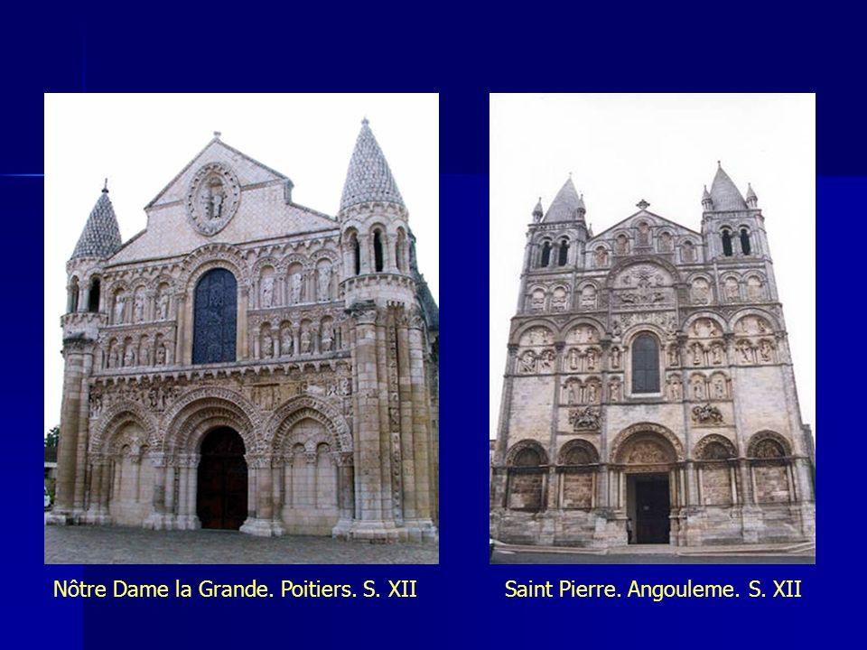 Nôtre Dame la Grande. Poitiers. S. XIISaint Pierre. Angouleme. S. XII
