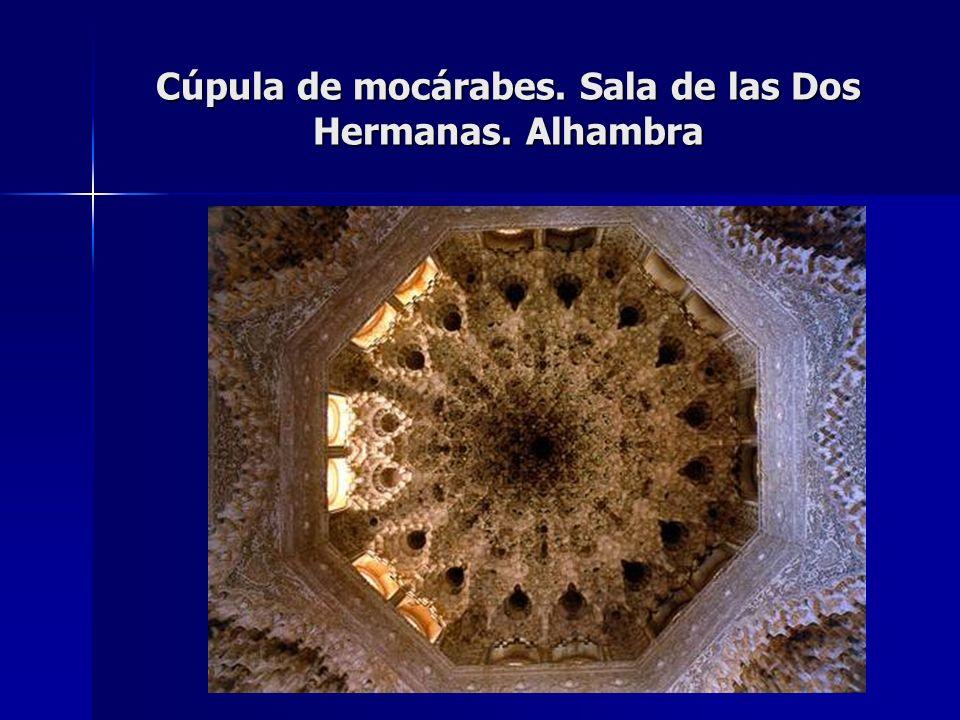 Cúpula de mocárabes. Sala de las Dos Hermanas. Alhambra