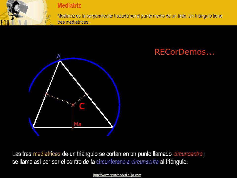http://www.apuntesdedibujo.com Mediana. Mediana es la recta que une un vértice con el punto medio del lado opuesto. Un triángulo tiene tres medianas..