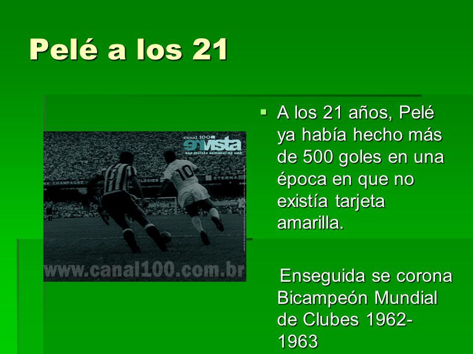 Ambos jugaron 21 años : Pelé : 1363 juegos – 1281 goles Maradona : 692 juegos – 345 goles Por la Selección : Pelé : 92 juegos – 97 goles Maradona : 90 juegos – 33 goles