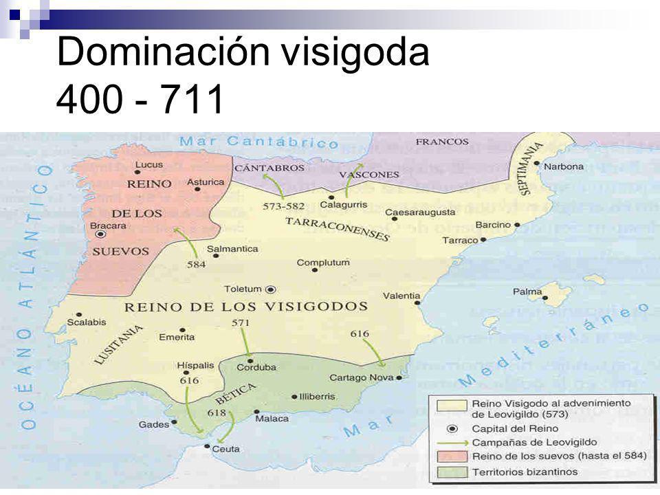 La Edad Media (711-1492) Una pluralidad lingüistica Dialectos románicos - en ascendencia en territorios cristianos El árabe vulgar, el mozárabe y el hebreo vulgar - en ascendencia en territorios musulmanes