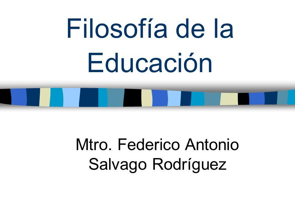 Función Social De La Educación La principal función de la educación dentro de una sociedad es la adquisición de ideas por parte de los alumnos.