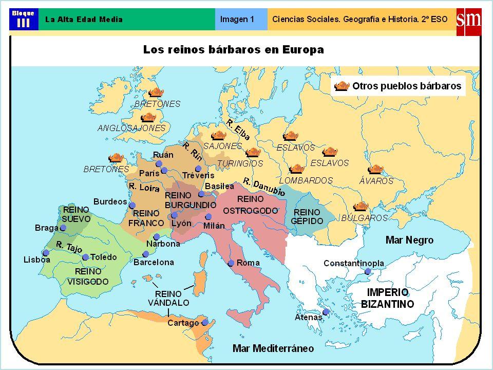15 Coronación de Carlomagno El día de Navidad del año 800, Carlos es coronado Emperador por el Papa León III.El día de Navidad del año 800, Carlos es coronado Emperador por el Papa León III.