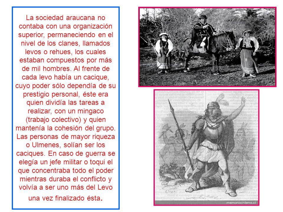 La organización social de los mapuches se basaba en la familia de filiación matrilineal, se permitía la poligamia, aunque no era una situación de comú