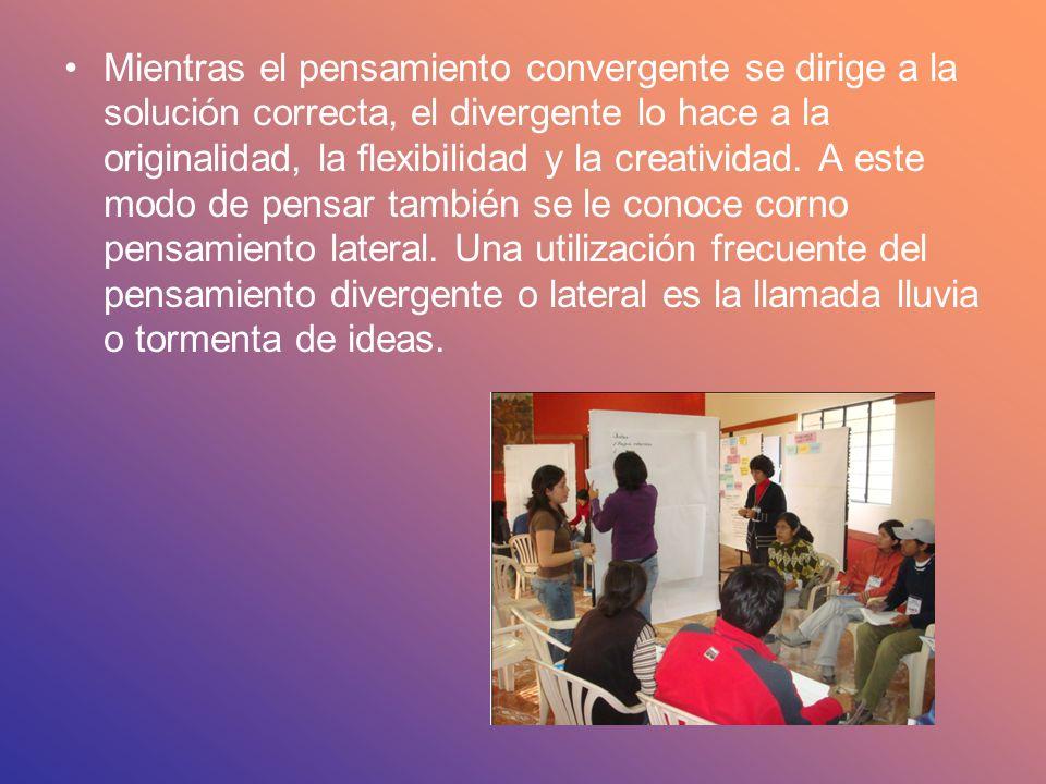 Mientras el pensamiento convergente se dirige a la solución correcta, el divergente lo hace a la originalidad, la flexibilidad y la creatividad. A est