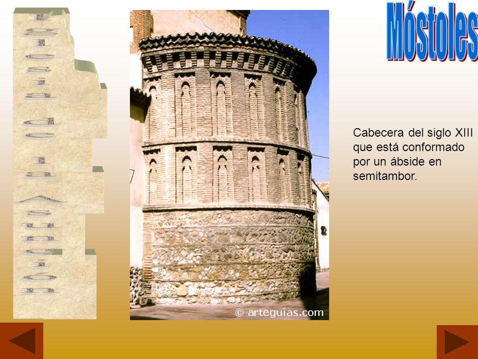 Cabecera del siglo XIII que está conformado por un ábside en semitambor.