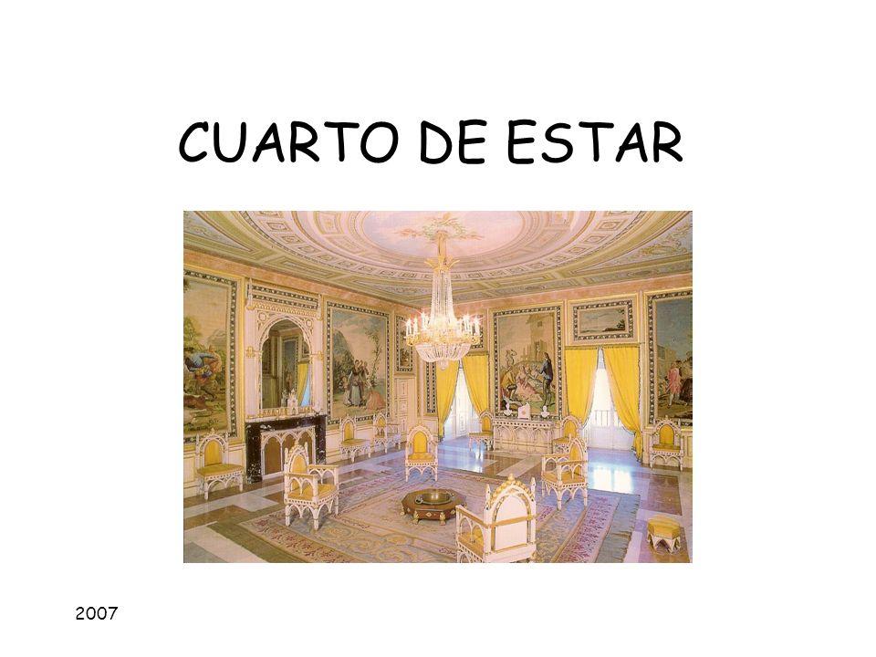 2007 CUARTO DE ESTAR Características: alegre, acogedor, familiar PUNTOS CRÍTICOSCARACTERÍSTICAS 1.ILUMINACIÓN: -Ventanas -Interior Cristales limpios.