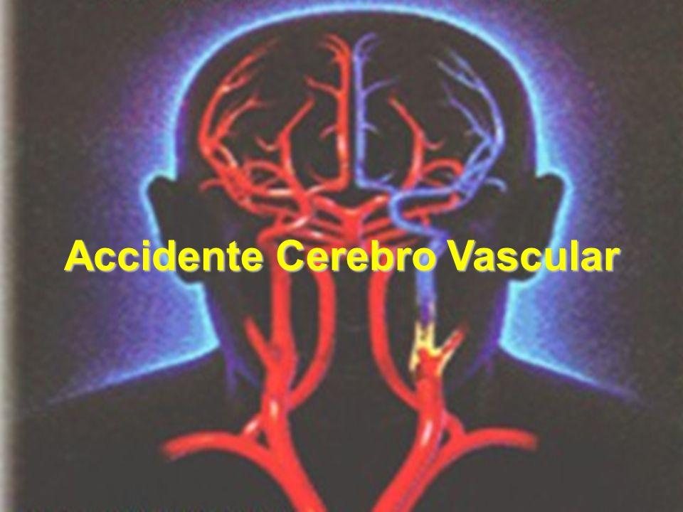 Evaluar en el Servicio de Urgencia –Debilidad o torpeza de un lado del cuerpo (hemiplejia o hemiparesia).