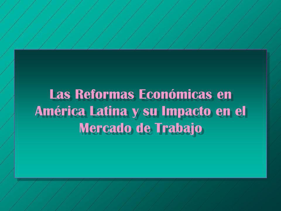 Razones que Explican las Reformas Económicas en América Latina n Contexto Externo Adverso – Racionamiento Global del Crédito (Crisis de la Deuda) – Altas Tasas de Interés Internacionales – Caídas Periódicas en los Términos de Intercambio n El Agotamiento del Modelo de Desarrollo n Nuevas Presiones Económicas e Ideológicas en Favor de las Reformas de Mercado