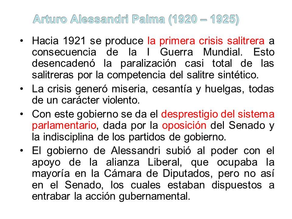 Hacia 1921 se produce la primera crisis salitrera a consecuencia de la I Guerra Mundial. Esto desencadenó la paralización casi total de las salitreras