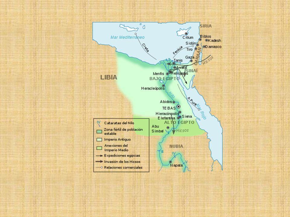Imperio Medio (2.200-1.800 a.C) Los príncipes tebanos instauraron la unidad. Capital Tebas Expansión territorial Invasión de los Hicsos.