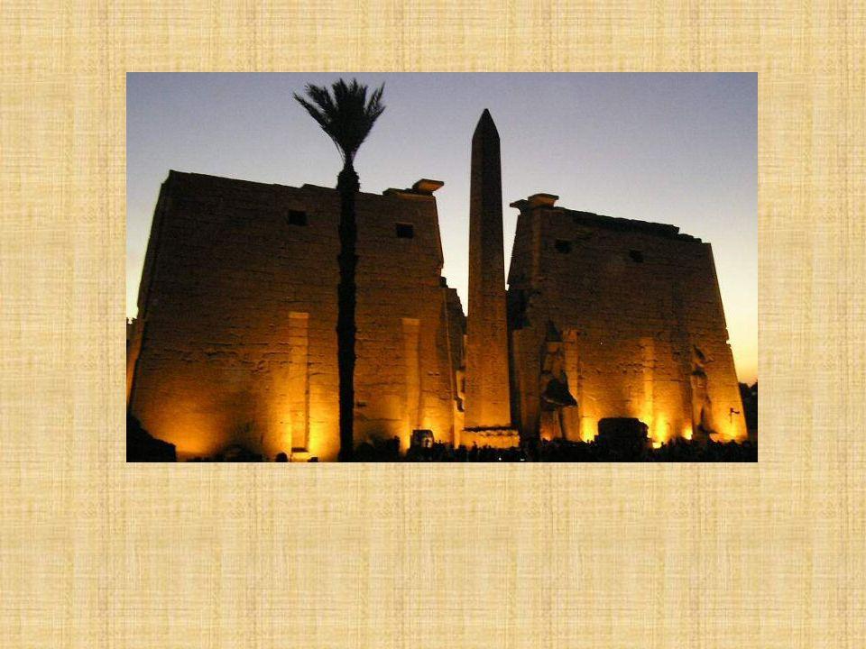 Columnas de Amenophis III