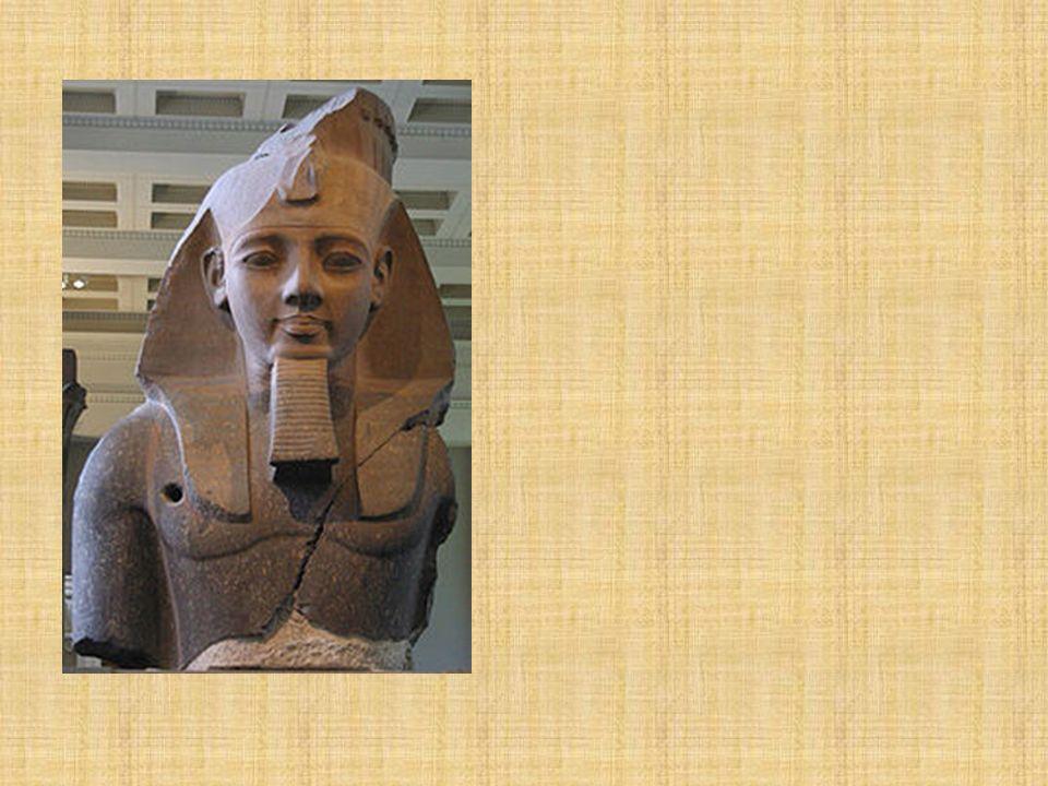 Imperio Nuevo (1.600 – 1100 a-C) Tebas logra reconstruir el imperio. El rey Amasis expulsa a los hicsos. Tutmosis III Ramsés II Amenofis IV