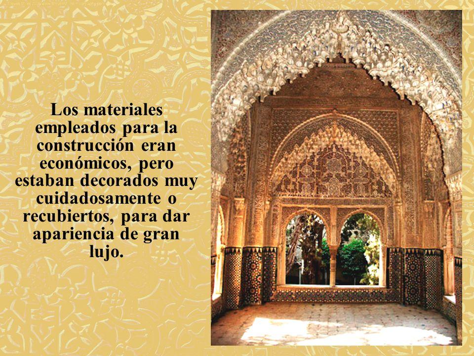 Tras la conquista cristiana, el rey de España Carlos I (a la vez Carlos V, emperador de Alemania) quiso residir en La Alhambra.