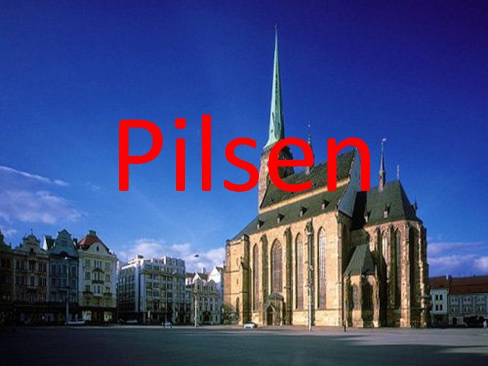 Pilsen, ciudad donde vivimos, es una ciudad checa ubicada en el suroeste del país La ciudad tiene casi 170.000 habitantes y está dividida en tres distritos