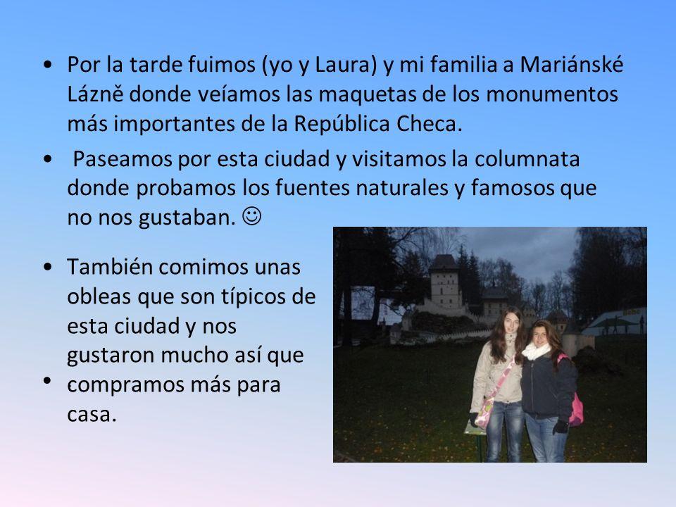 Por la tarde fuimos (yo y Laura) y mi familia a Mariánské Lázně donde veíamos las maquetas de los monumentos más importantes de la República Checa.