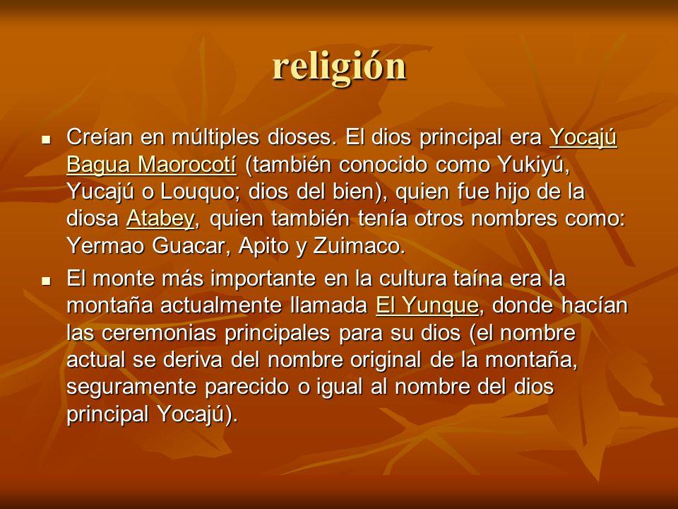 religión Creían en múltiples dioses.