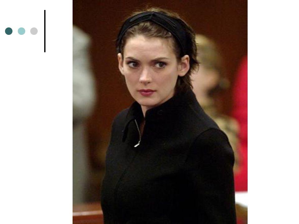 Winona Ryder ha vuelto a ser pillada robando en una tienda.