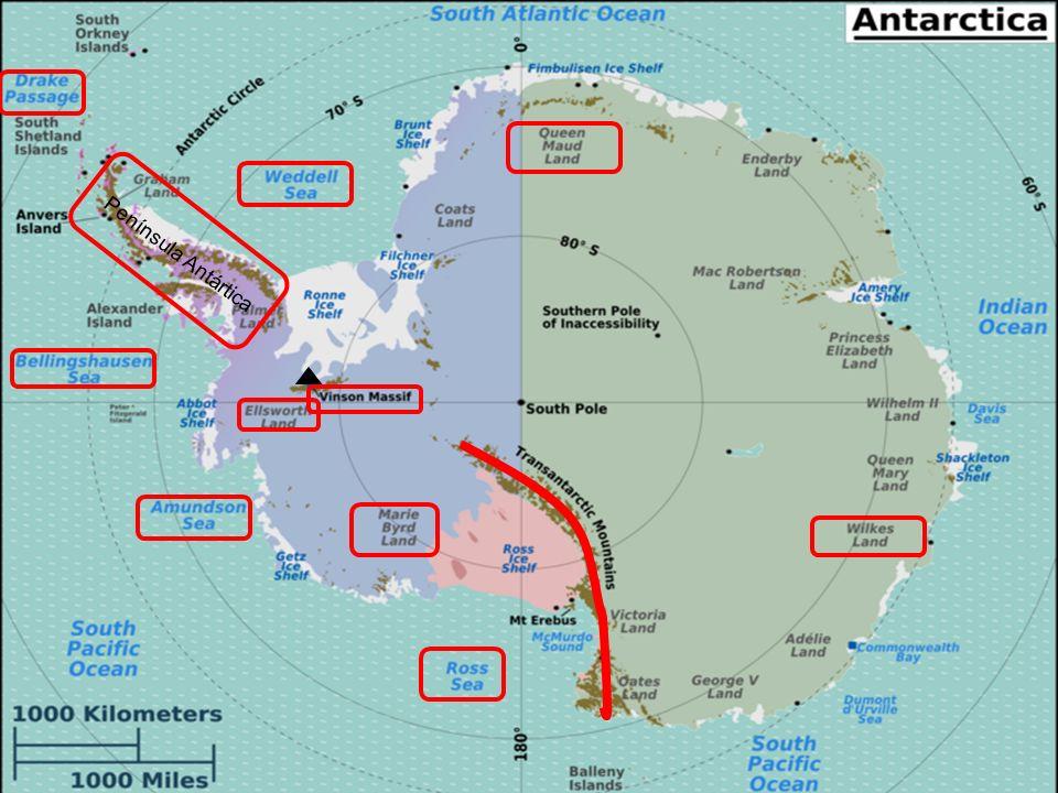 Alrededor del 99% de su territorio está cubierto de hielo y el promedio de su espesor es de 2.500 metros, alcanzando hasta los 4.776 en algunos sitios.