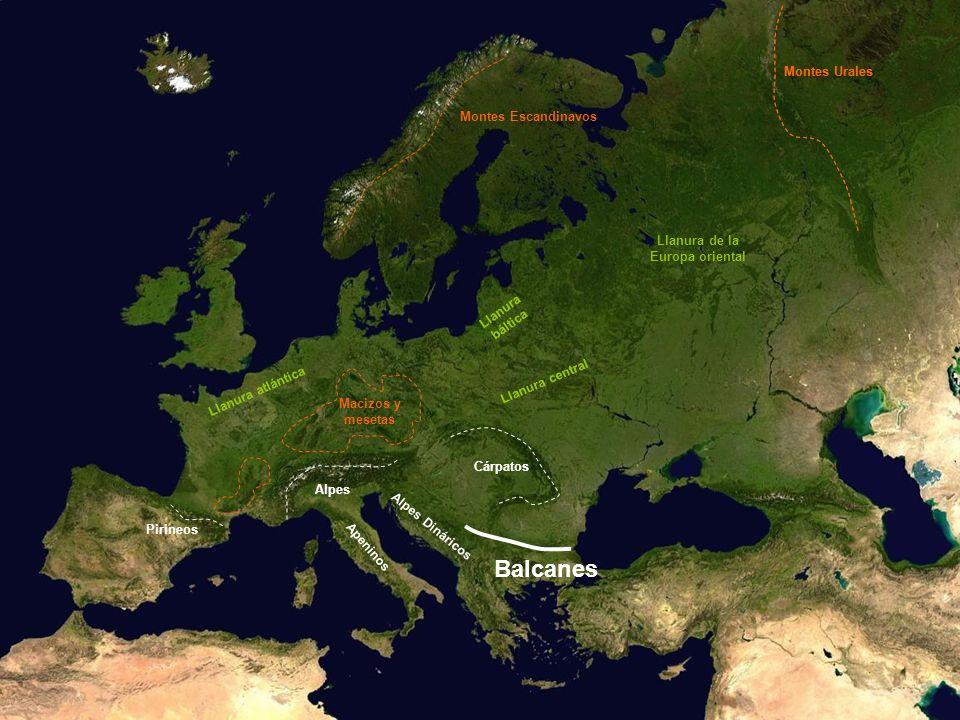 Llanura atlántica Llanura central Llanura báltica Llanura de la Europa oriental Balcanes Montes Escandinavos Montes Urales Macizos y mesetas Pirineos