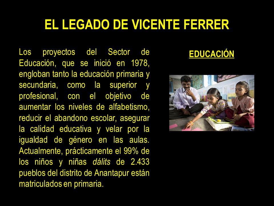 Vicente Ferrer murió el 19 de junio de 2009, a la edad de 89 años. Más de 300.000 personas asistieron a su funeral, celebrado en la localidad de Batha