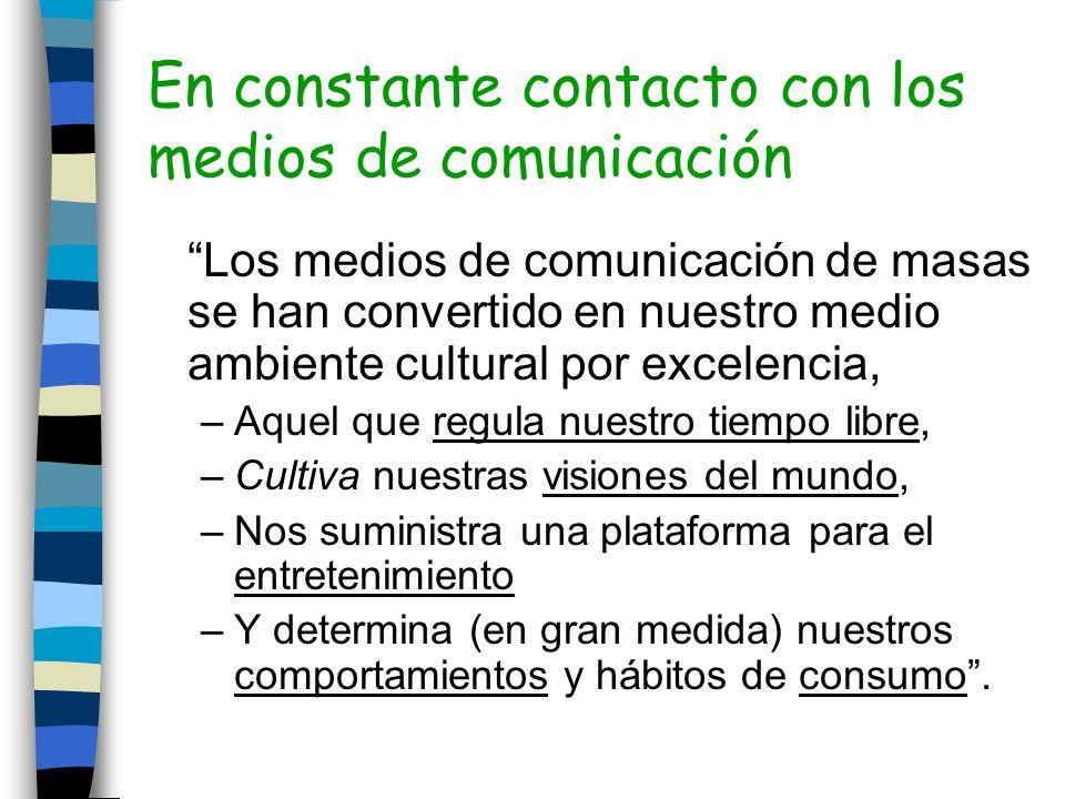 Triángulo de la mediación Medios de comunicación Realidad socialConocimiento social Ser humano Capacidad de representación Mediación Historias Experiencia directa