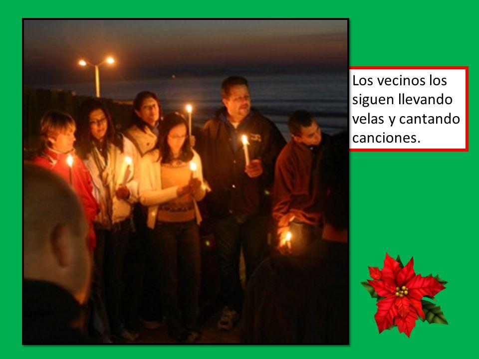La Nochebuena or Christmas Eve La nochebuena es un día para las familias.