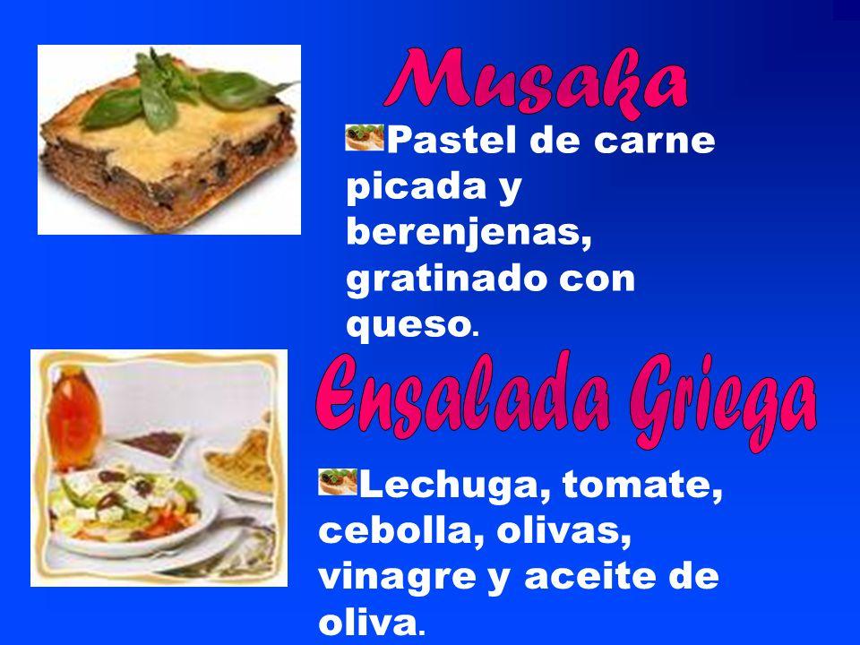 platos Baklava: pastel de hojaldre muy fino con nueces y sirope de miel. Es el postre tradicional mas famoso de Grecia. Feta: El queso griego mas cono