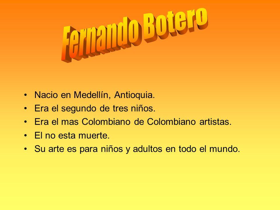 Nacio en Medellín, Antioquia. Era el segundo de tres niños.