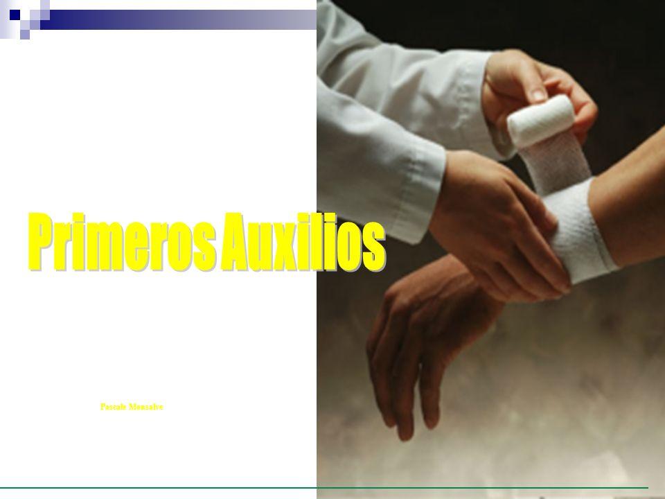 ASPECTOS GENERALES DE PRIMEROS AUXILIOS TRAUMA Situación en la que un individuo, debido a una violencia externa, sufre lesiones que pueden comprometer a uno o más sistemas orgánicos, con riesgo vital.