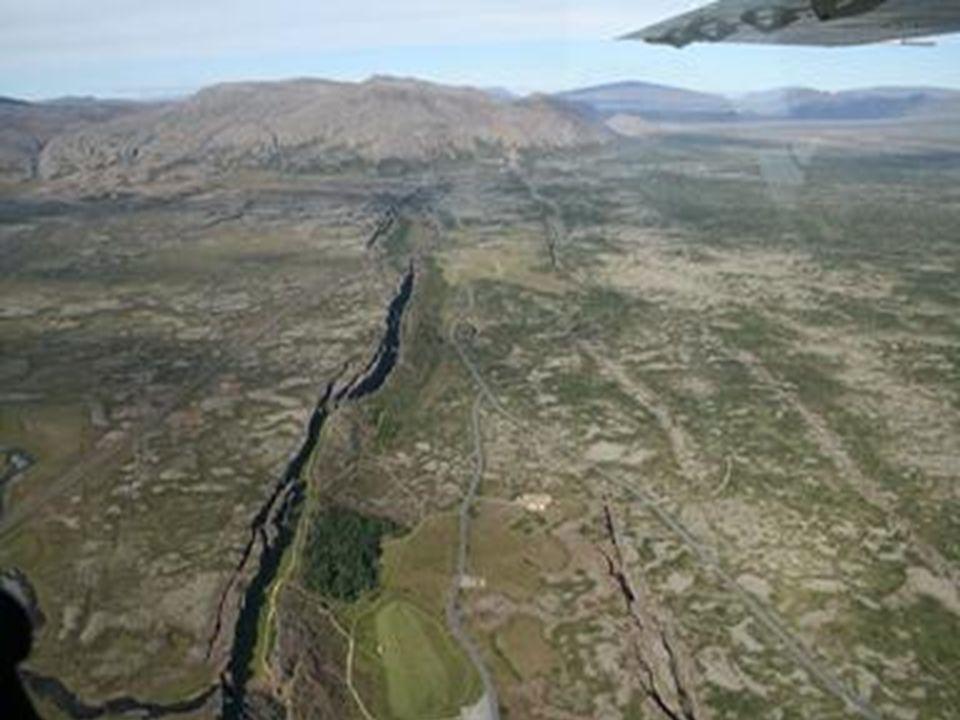 Fallas activas e inactivas Una falla es activa cuando deforma sedimentos cuaternarios, es decir cuando muestra evidencias de movimientos durante los últimos 1,8 millones de años.