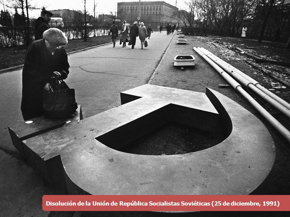 Disolución de la Unión de República Socialistas Soviéticas (25 de diciembre, 1991)