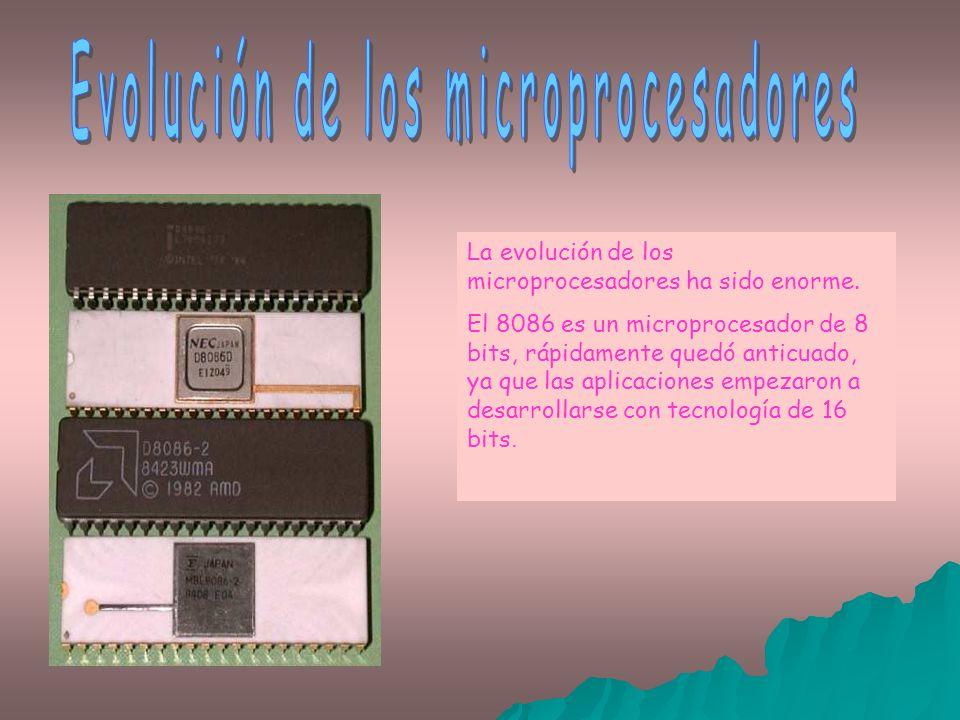 Aparecieron los microprocesadores 8088 (XT), que emulaban el trabajo a 16 bits y que dieron paso a los auténticos procesadores a 16 bits 80286 (AT)