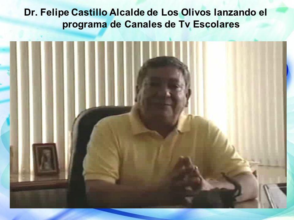 Dr. Felipe Castillo Alcalde de Los Olivos lanzando el programa de Canales de Tv Escolares