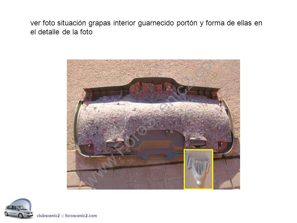 2º.- Quitar embellecedor de plástico negro de la cerradura del portón, para ello hacer suavemente palanca sobre las 2 grapitas que tiene en cada lateral con un destornillador plano pequeño clubscenic2 :: foroscenic2.com