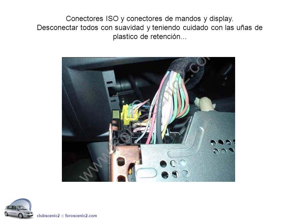 Conectores ISO y conectores de mandos y display.