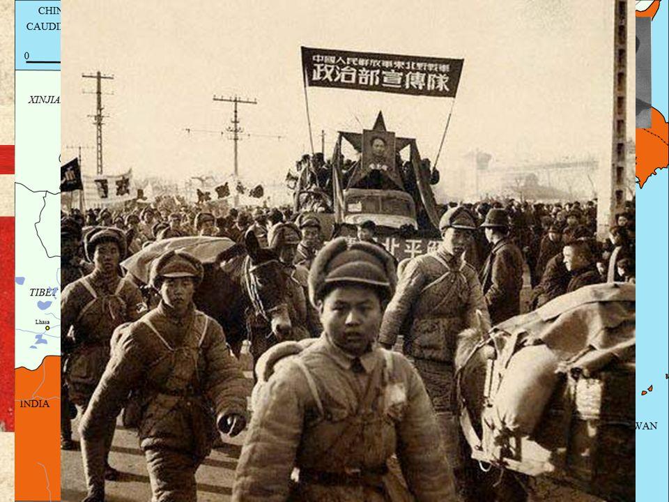 LA EXPEDICIÓN DEL NORTE (1926-1928) Campaña militar del Ejército Nacionalista Chino Más de 250.000 soldados nacionalistas Chiang Kai-chek Acabar con l
