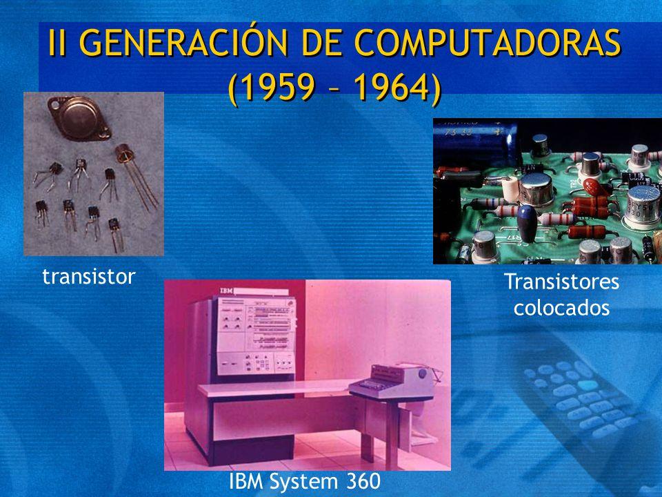 III GENERACIÓN DE COMPUTADORAS (1964 – 1971) t Las computadoras de la tercera generación emergieron con el desarrollo de los circuitos integrados (pastillas de silicio) en las cuales se colocan miles de componentes electrónicos, en una integración en miniatura.