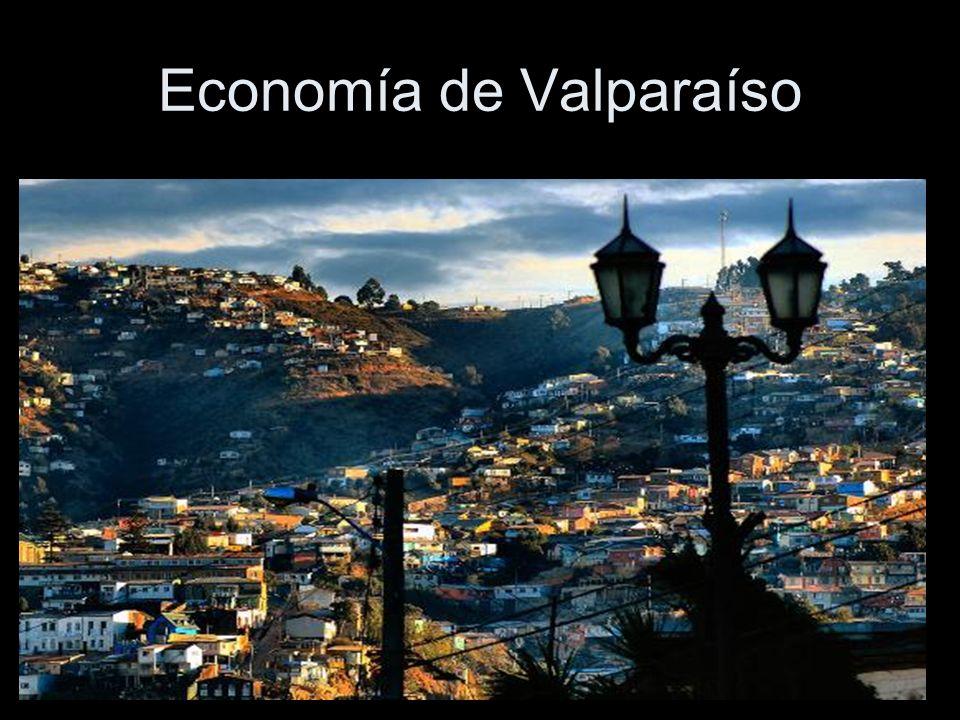 Con sus casi 300.000 habitantes es sede del Poder Legislativo del país y Capital de la Quinta Región.- Valparaíso, nunca fue fundado, nace espontáneamente en 1536, luego de ser descubierto por el español Juan de Saavedra.