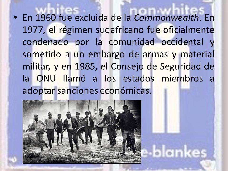 En 1960 fue excluida de la Commonwealth.