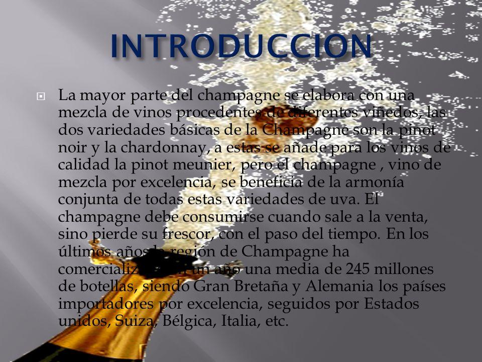 La mayor parte del champagne se elabora con una mezcla de vinos procedentes de diferentes viñedos, las dos variedades básicas de la Champagne son la p